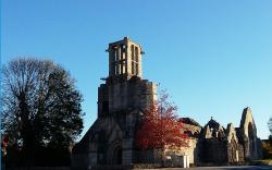 eglise découronnée de Pont-l'abbé